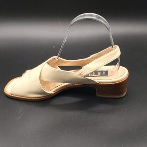 AMALFI ITALIAN LEATHER SANDAL SIZE 7.5 EUC